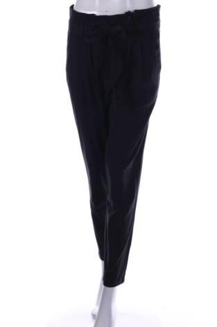 Елегантен панталон ONLY