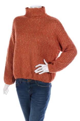 Пуловер с поло яка SECOND FEMALE