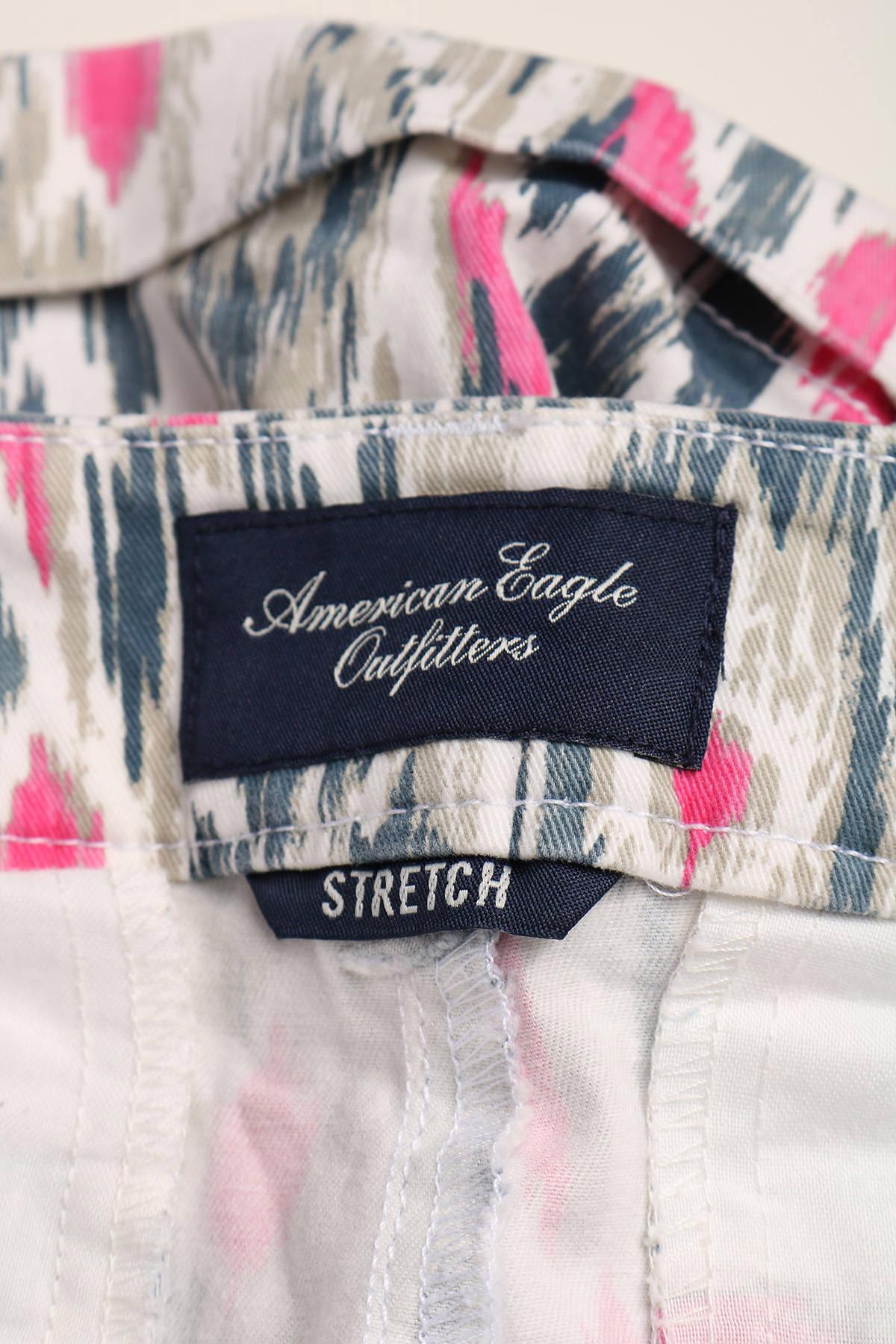 Къси панталони American Eagle3