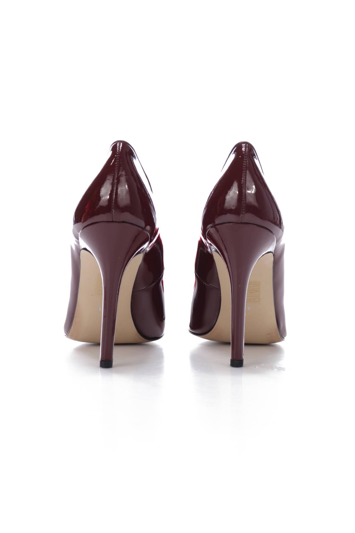Обувки на ток Versace 19-69 Abbigliamento3