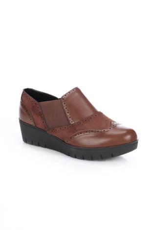 Ниски обувки Poti Pati