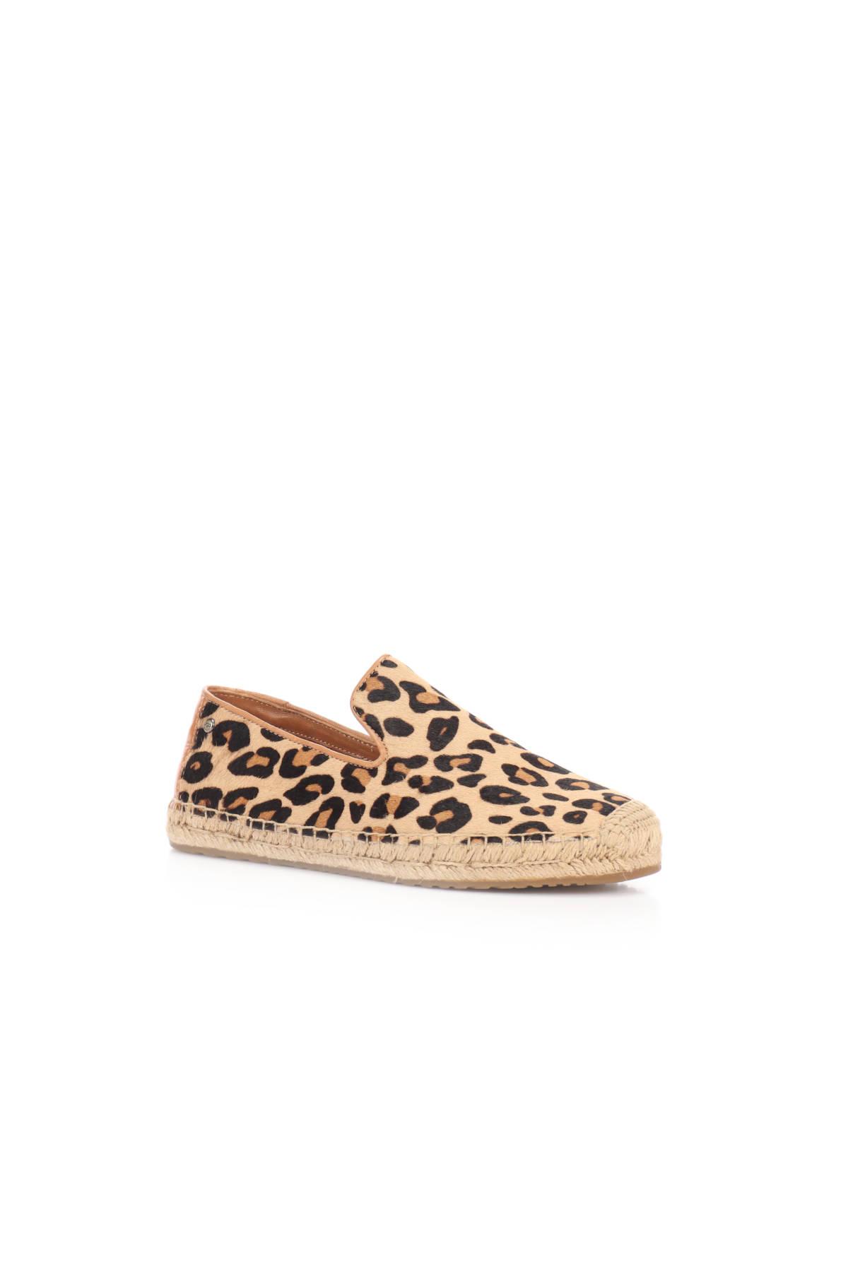 Ниски обувки UGG2