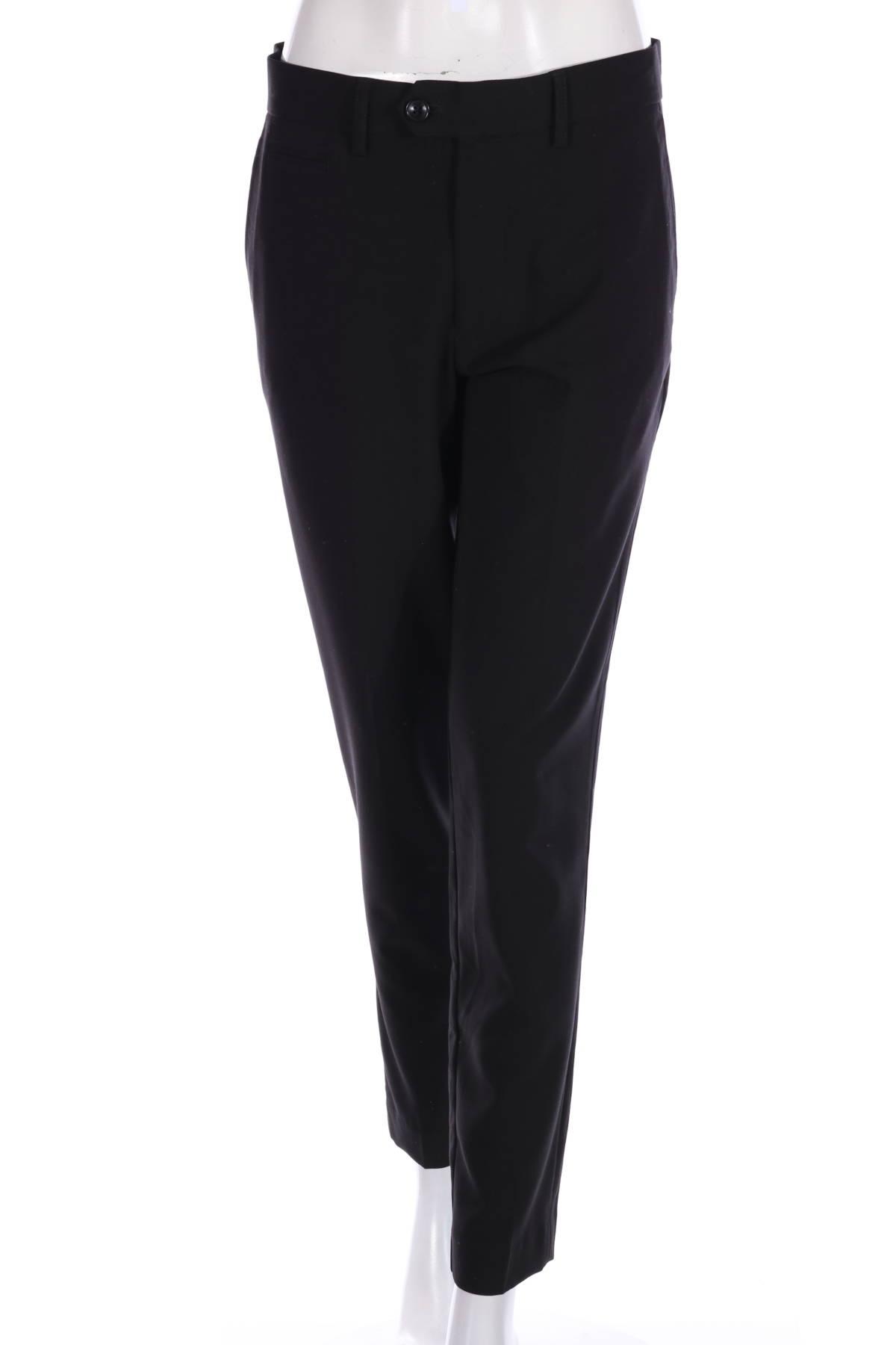 Елегантен панталон LINDBERGH1