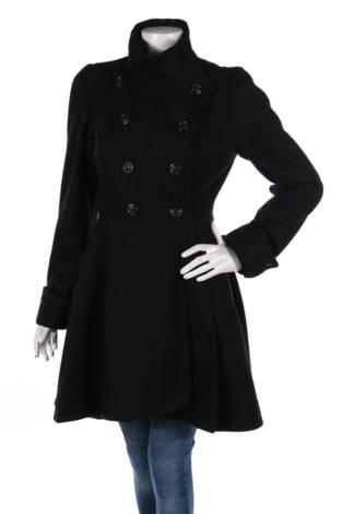 Зимно палто Betsey Johnson