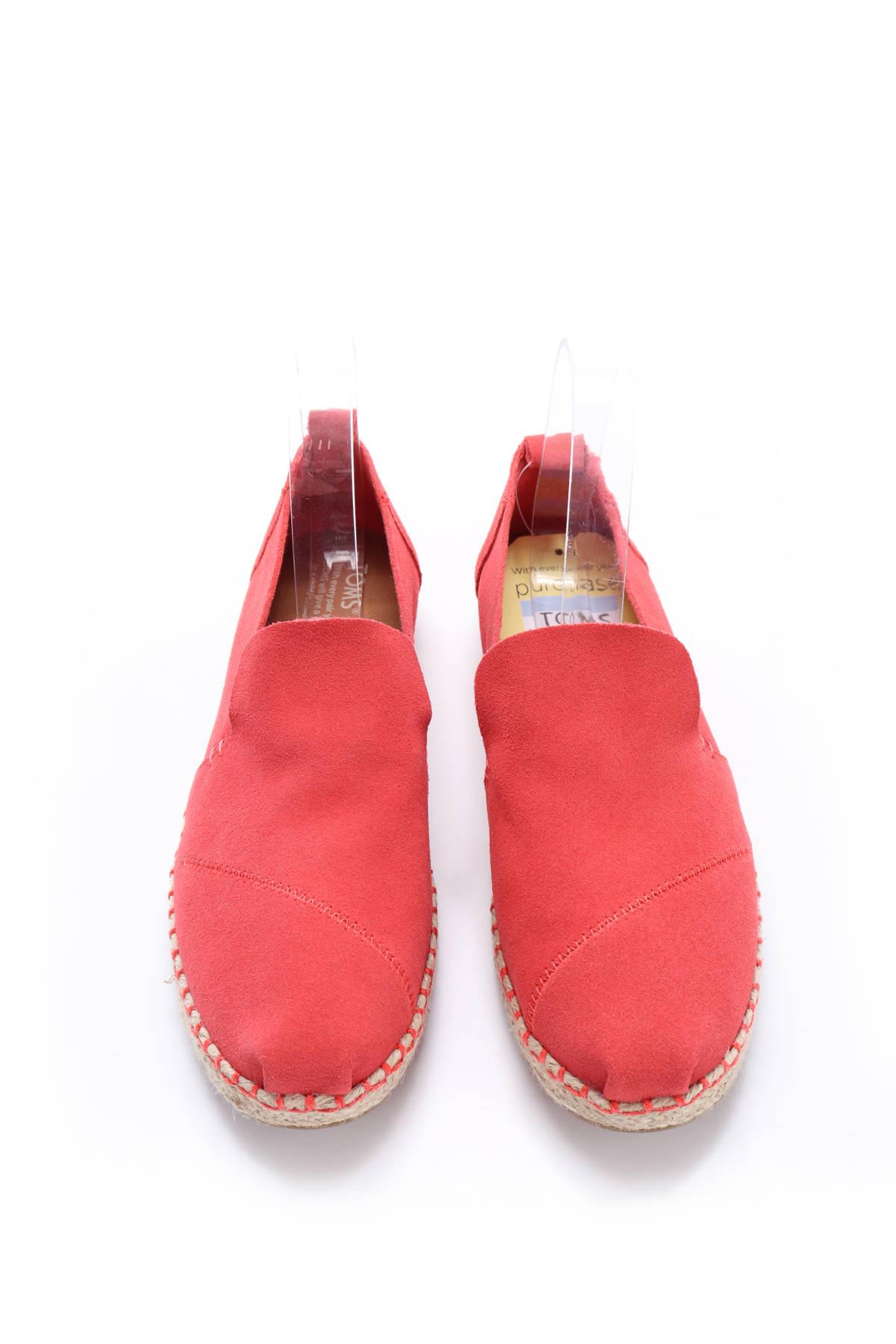 Ниски обувки TOMS2