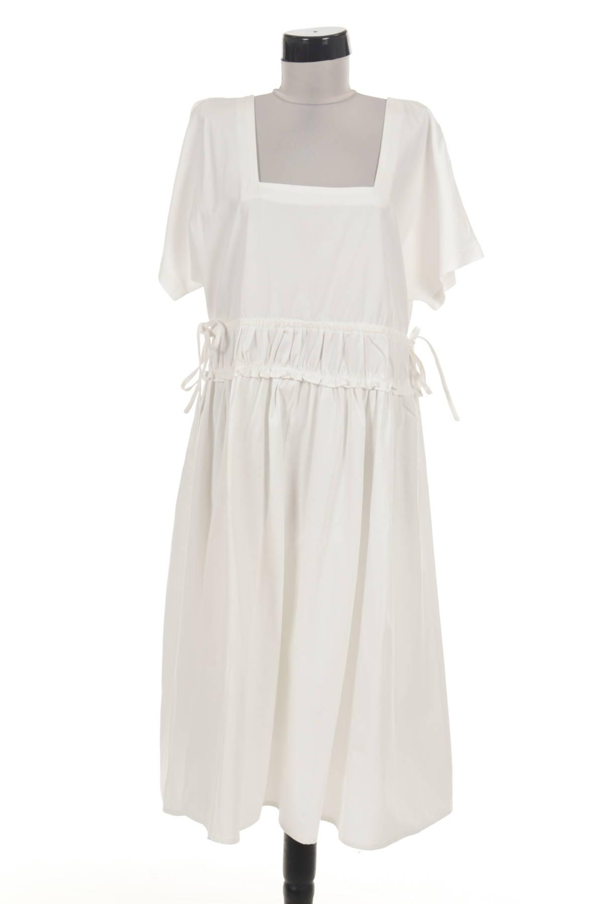 Ежедневна рокля UNIQUE 211