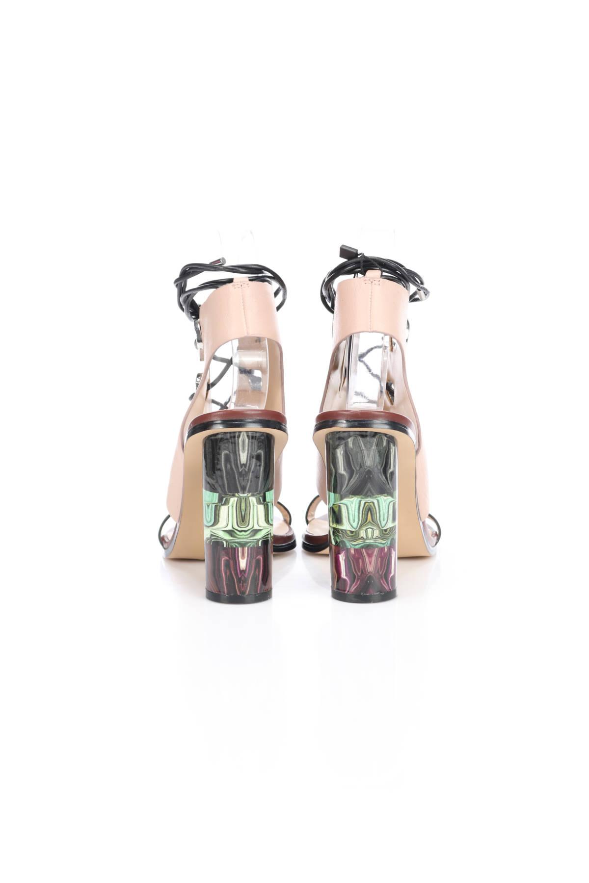 Сандали на ток Zara2