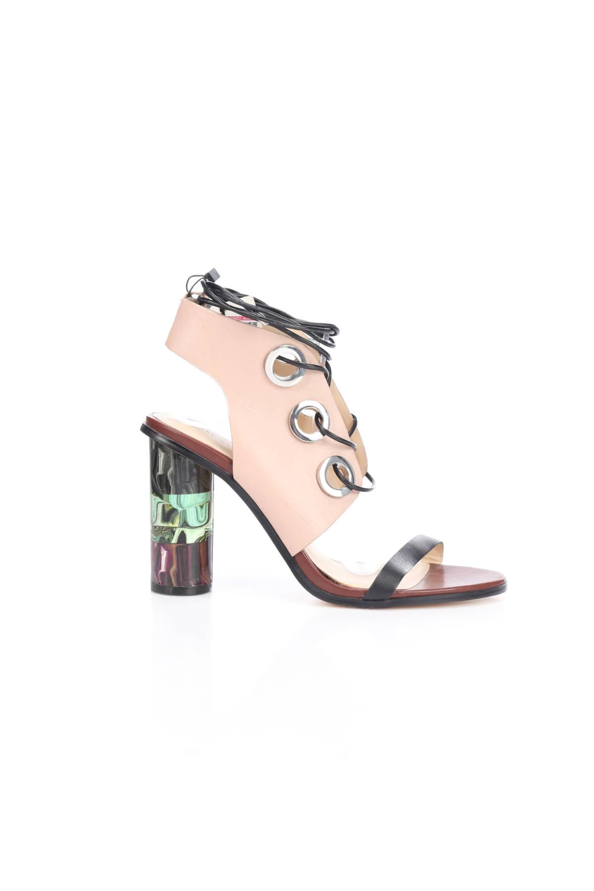 Сандали на ток Zara4