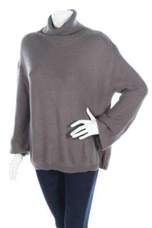 Пуловер с поло яка DIVIDED