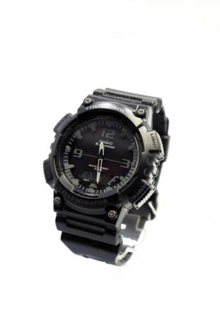 Часовник Casio