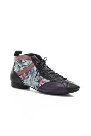 Спортни обувки Think!