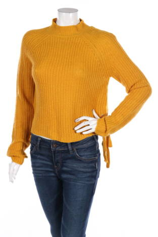 Пуловер с поло яка NO COMMENT