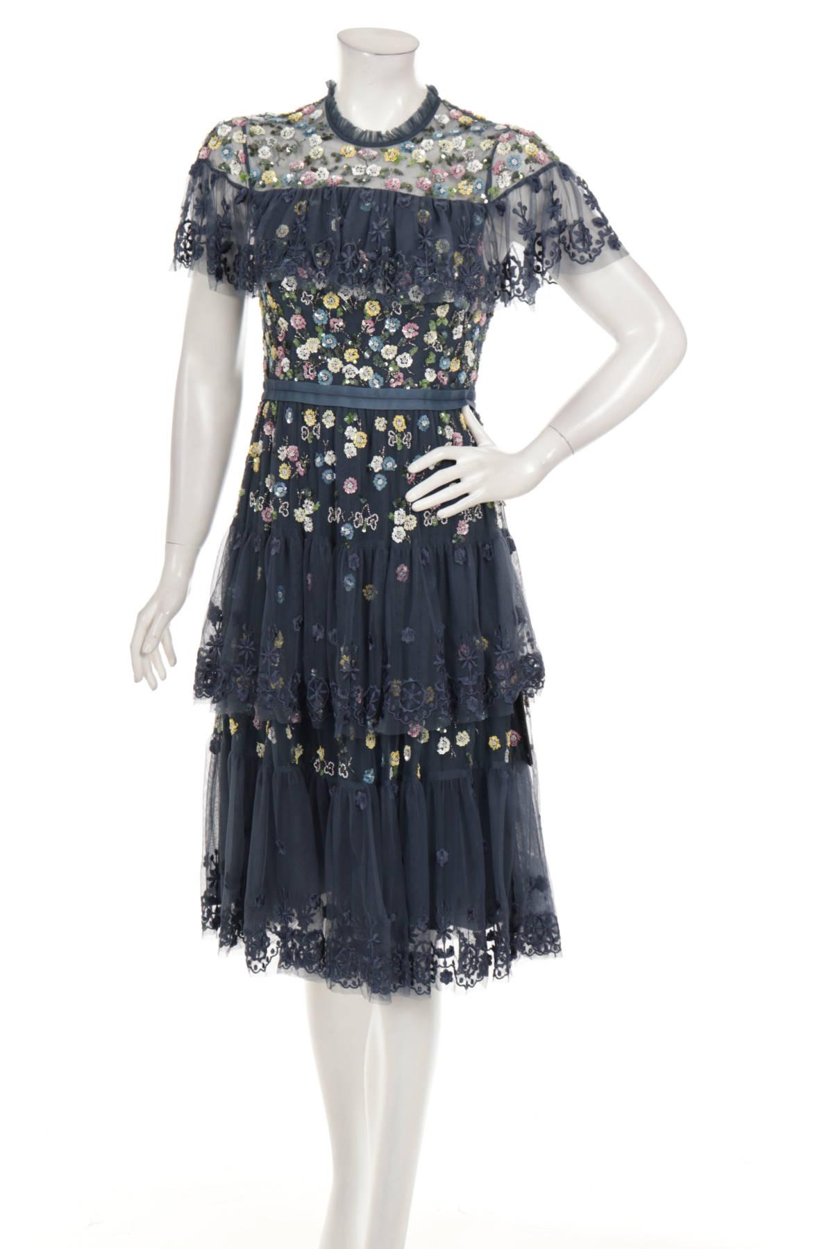 Официална рокля NEEDLE & THREAD1