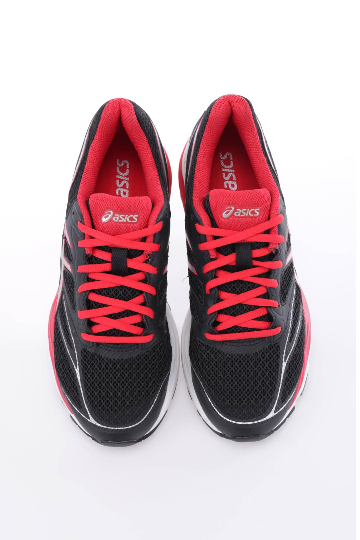 Спортни обувки Asics1