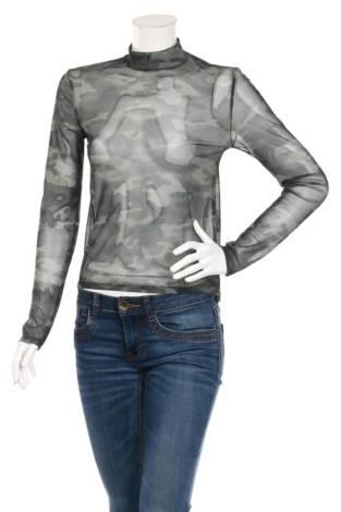 Блуза с поло яка BERSHKA