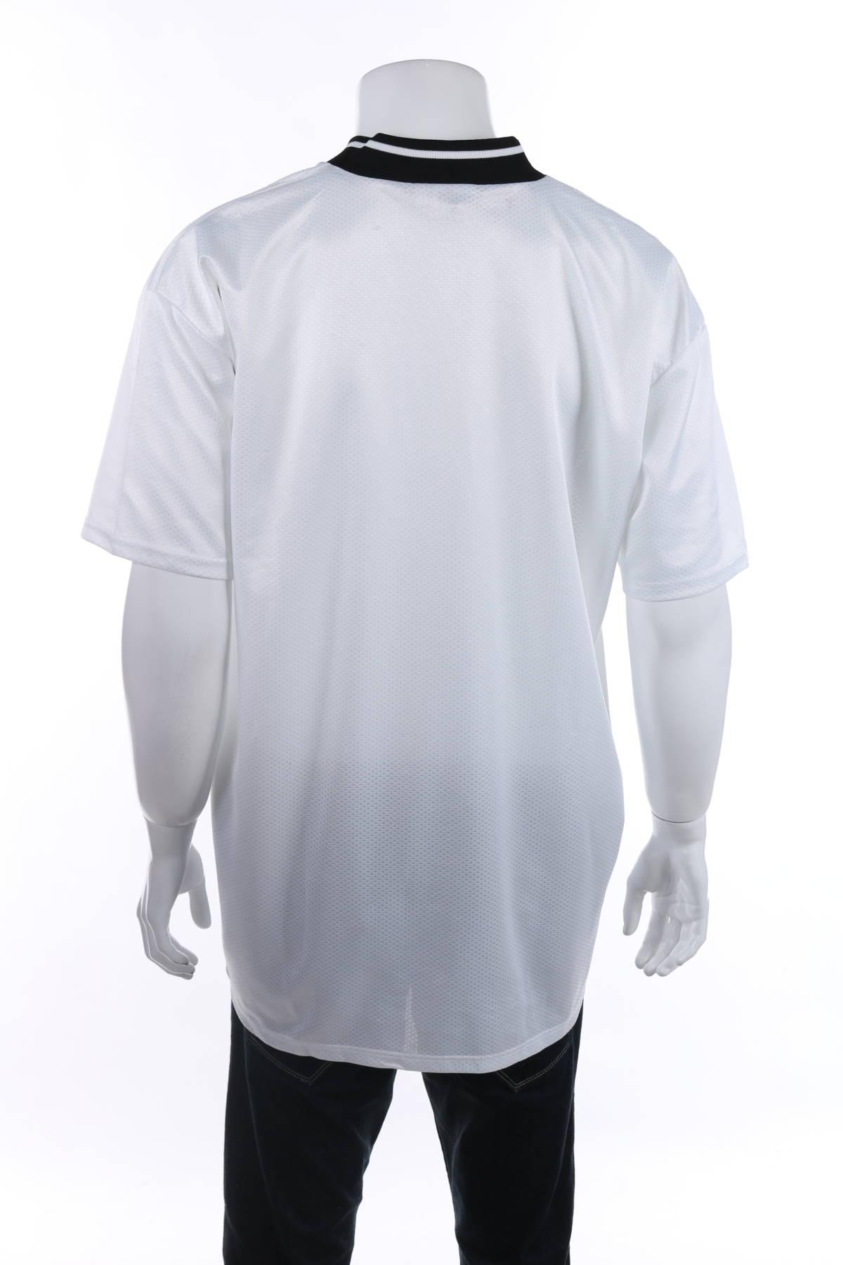 Спортна тениска Reebok2