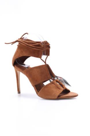 Сандали на ток Zara Basic