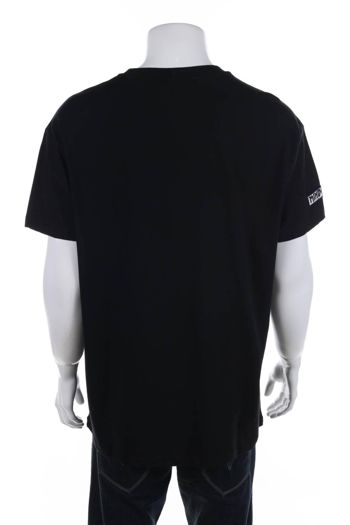 Тениска Review2