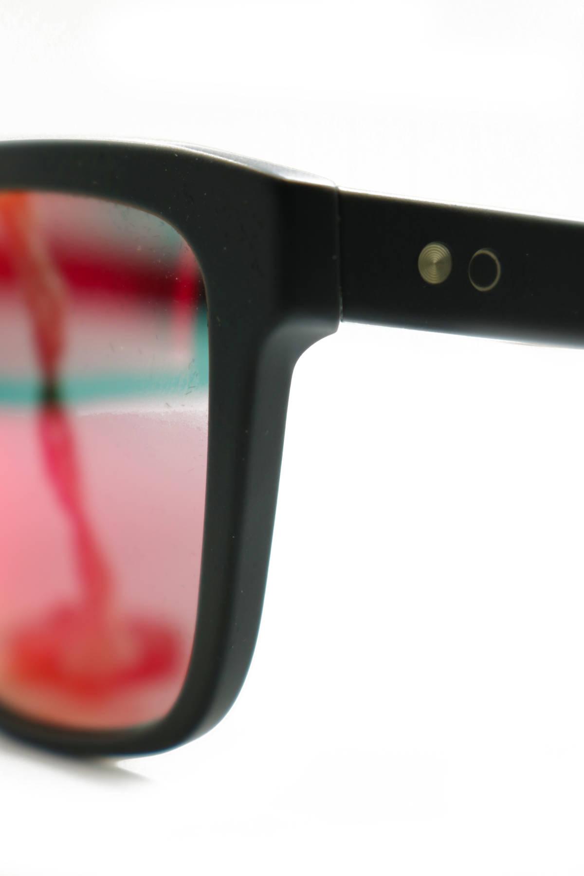 Слънчеви очила Paul Smith4
