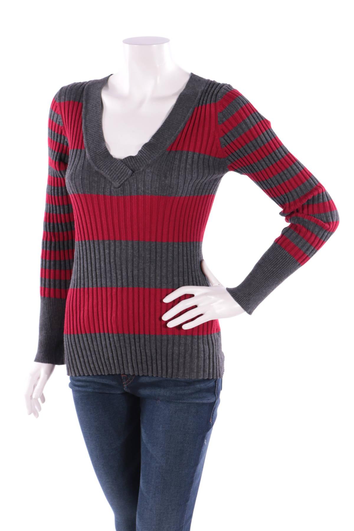 Пуловер LOVE BY DESIGN1