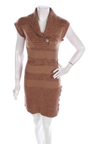 Ежедневна рокля Derek Heart