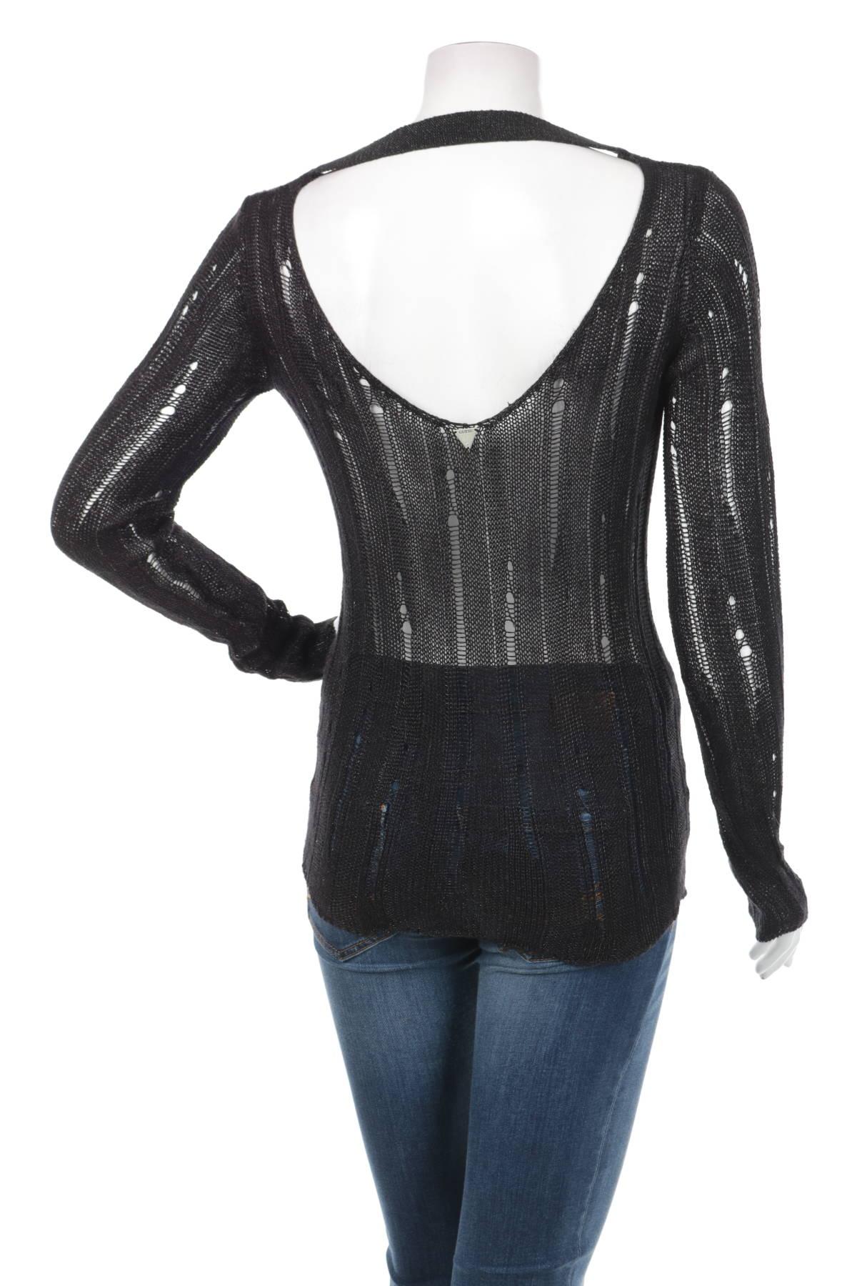 Пуловер GUESS2