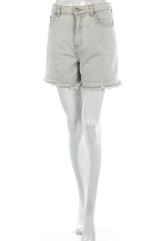 Къси панталони MTWTFSS WEEKDAY