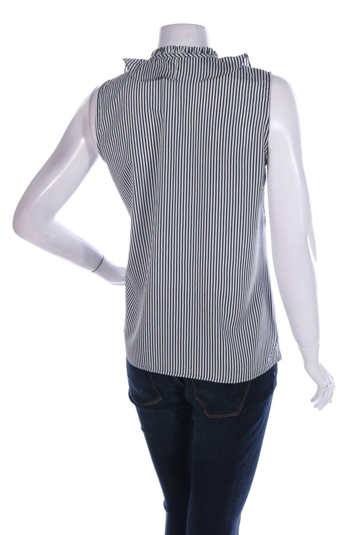 Риза Karl Lagerfeld2