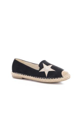 Ниски обувки Suredelle