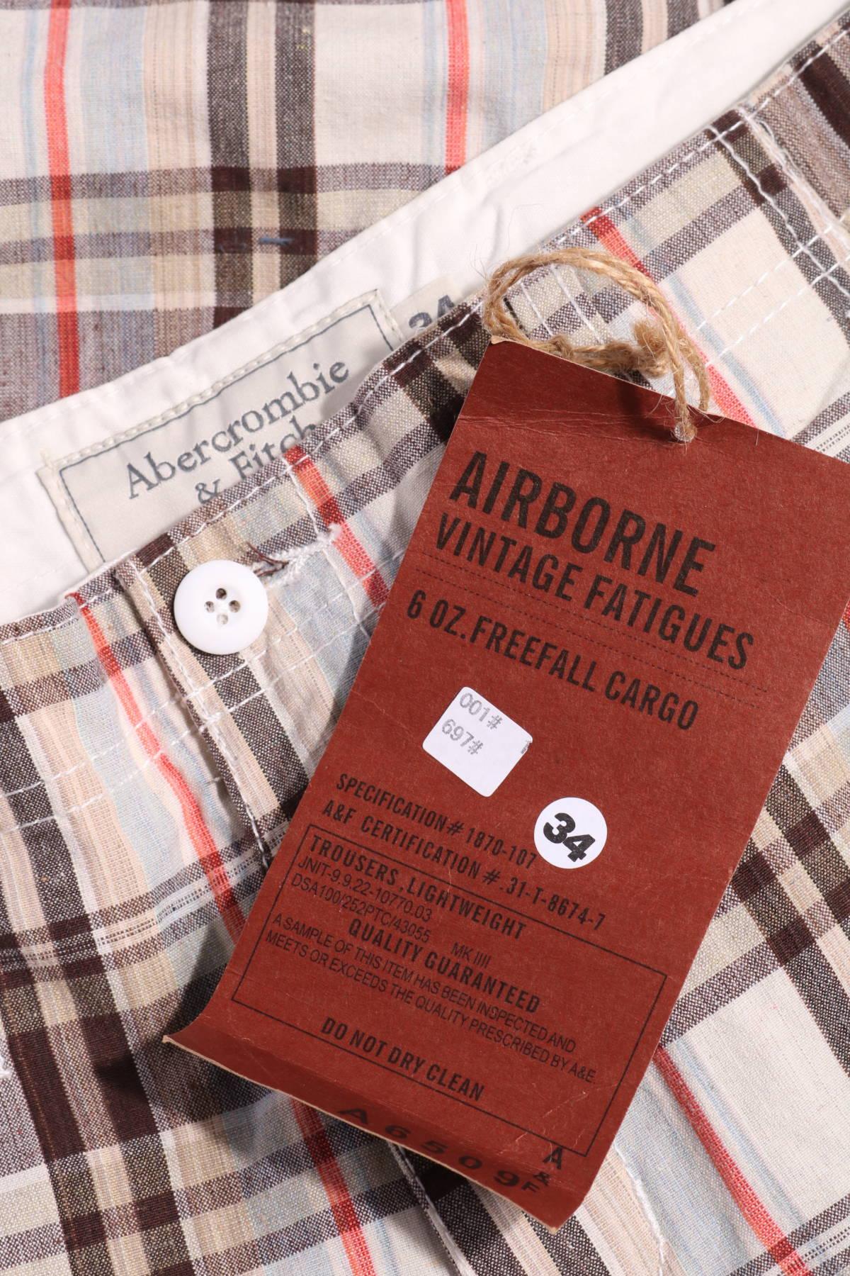 Къси панталони Abercrombie & Fitch3
