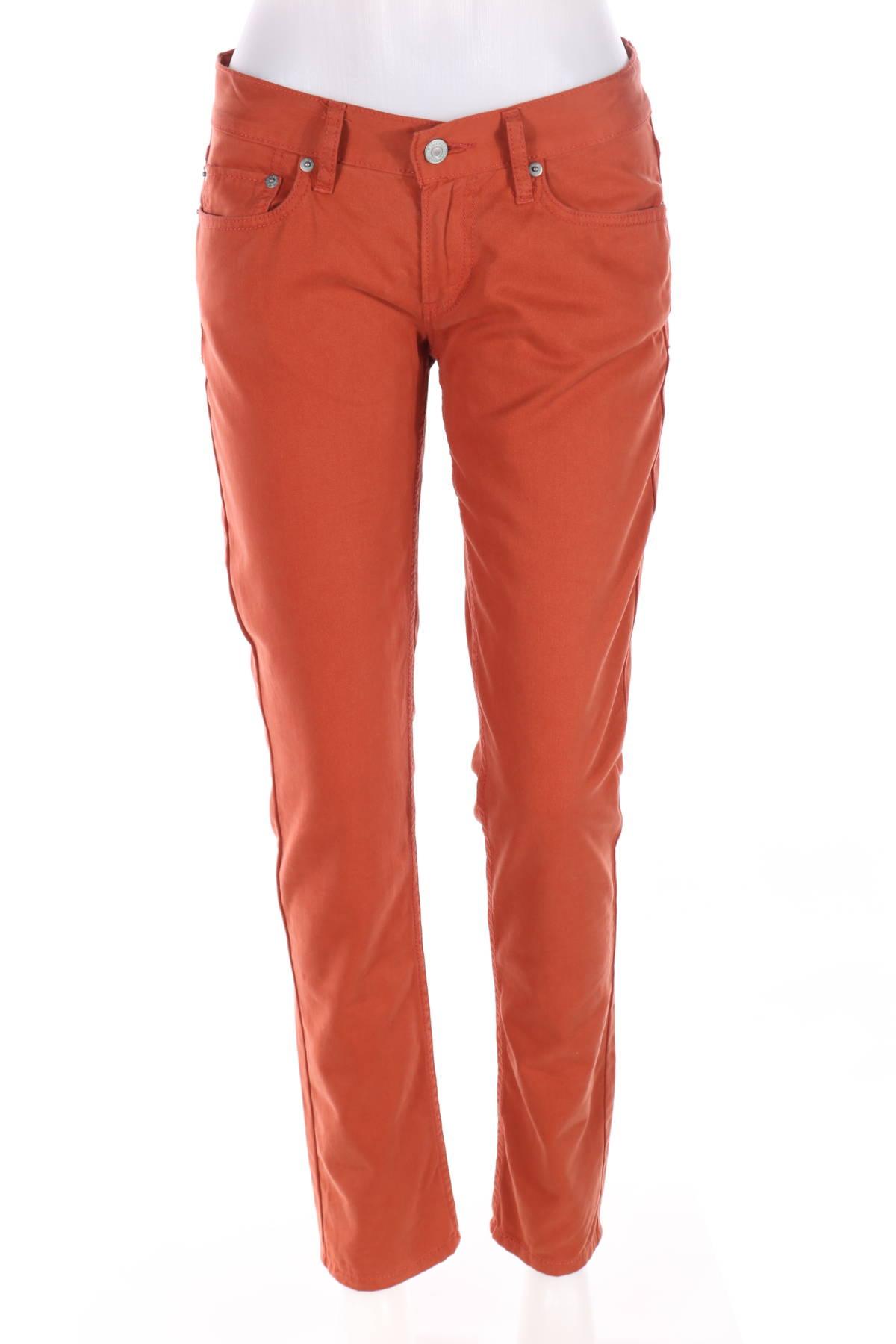 Панталон Levi`s1