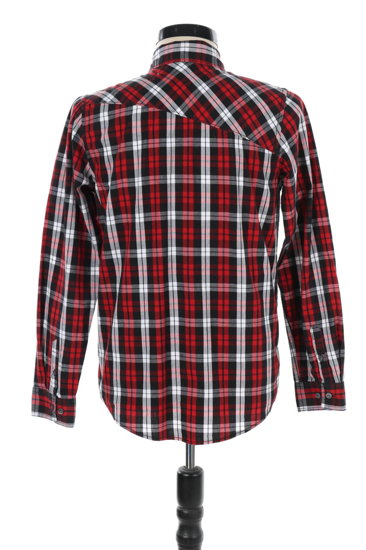 Риза Shaun White2