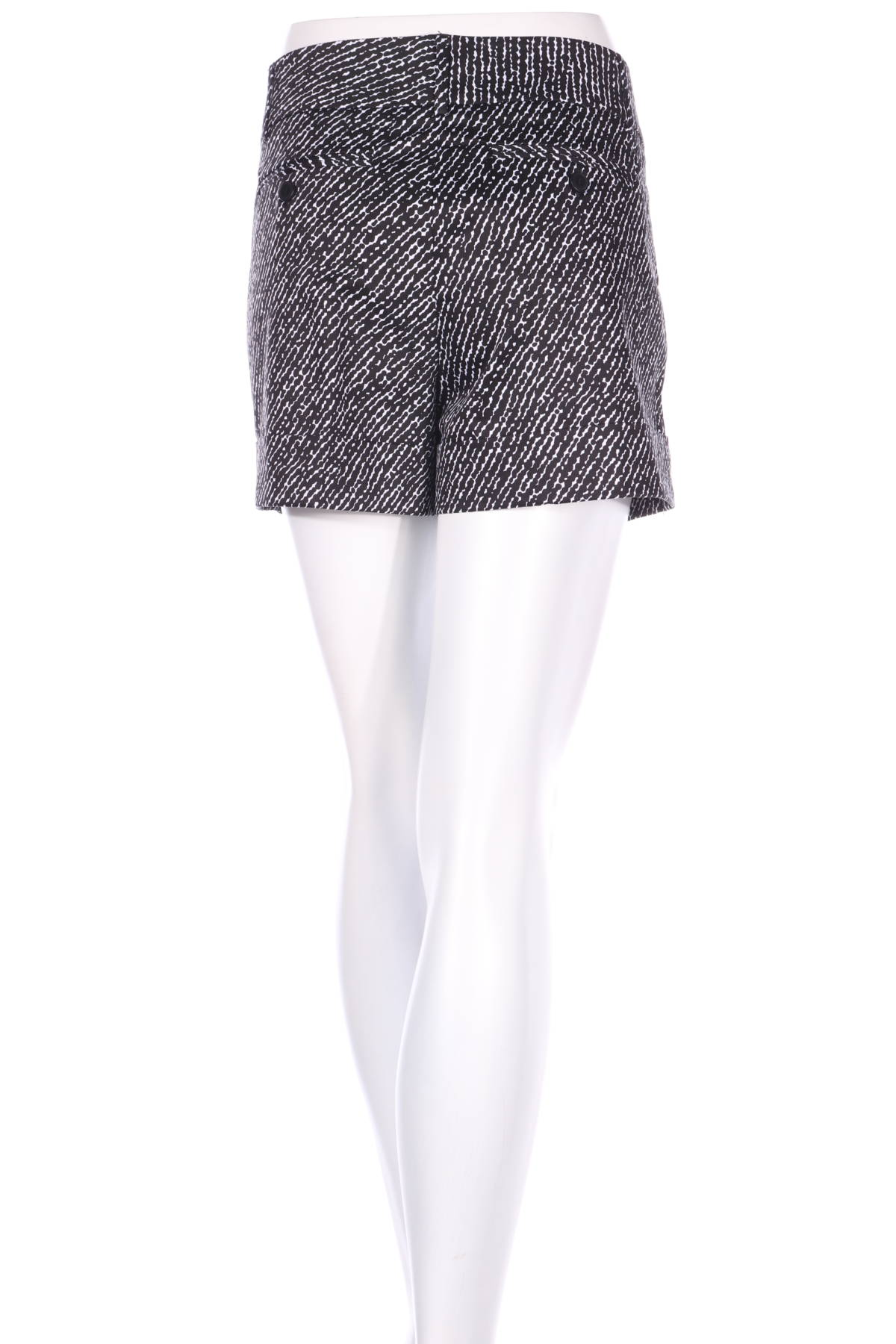 Къси панталони New York & Company2