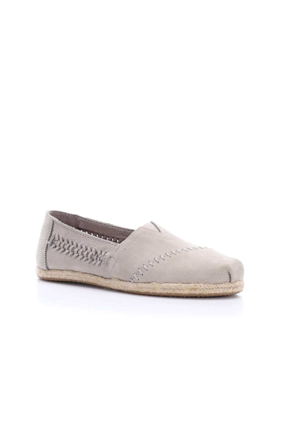 Ниски обувки TOMS1