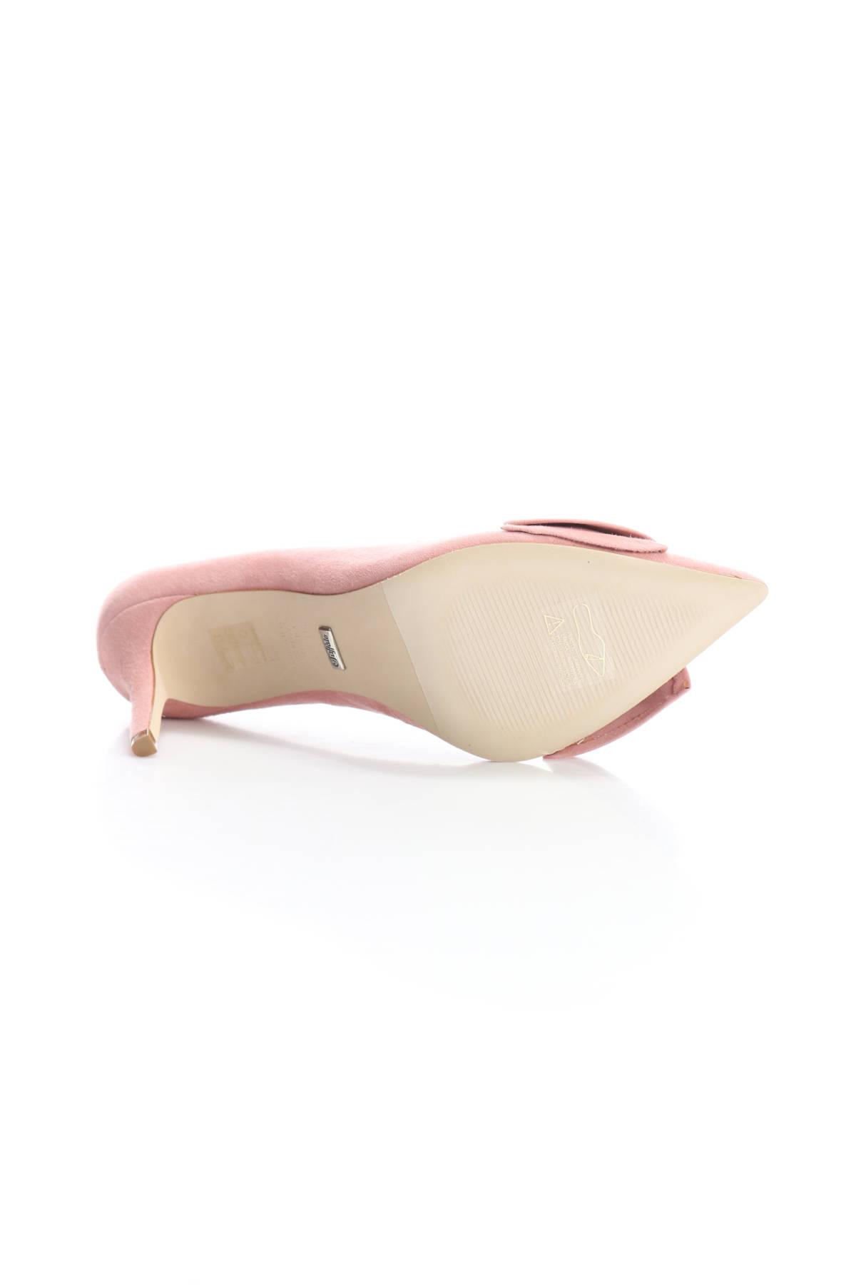 Обувки на ток Buffalo5