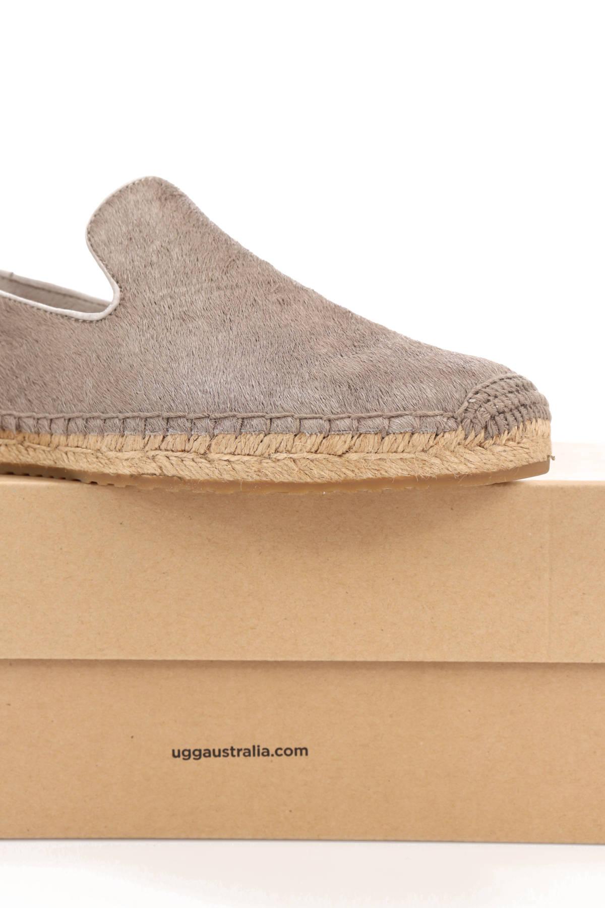 Ниски обувки UGG4