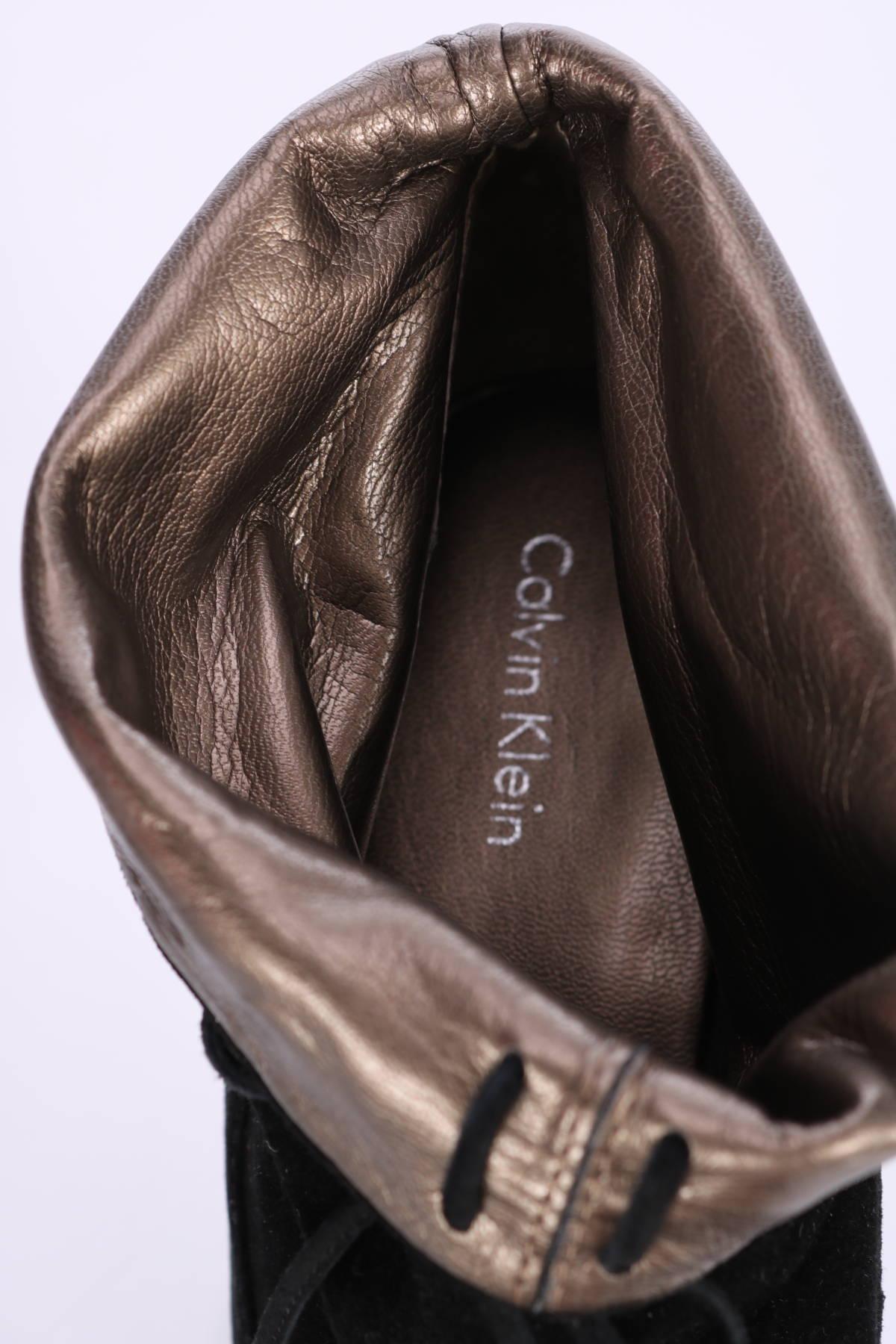Боти Calvin Klein3