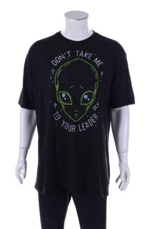 Тениска с щампа Black matter
