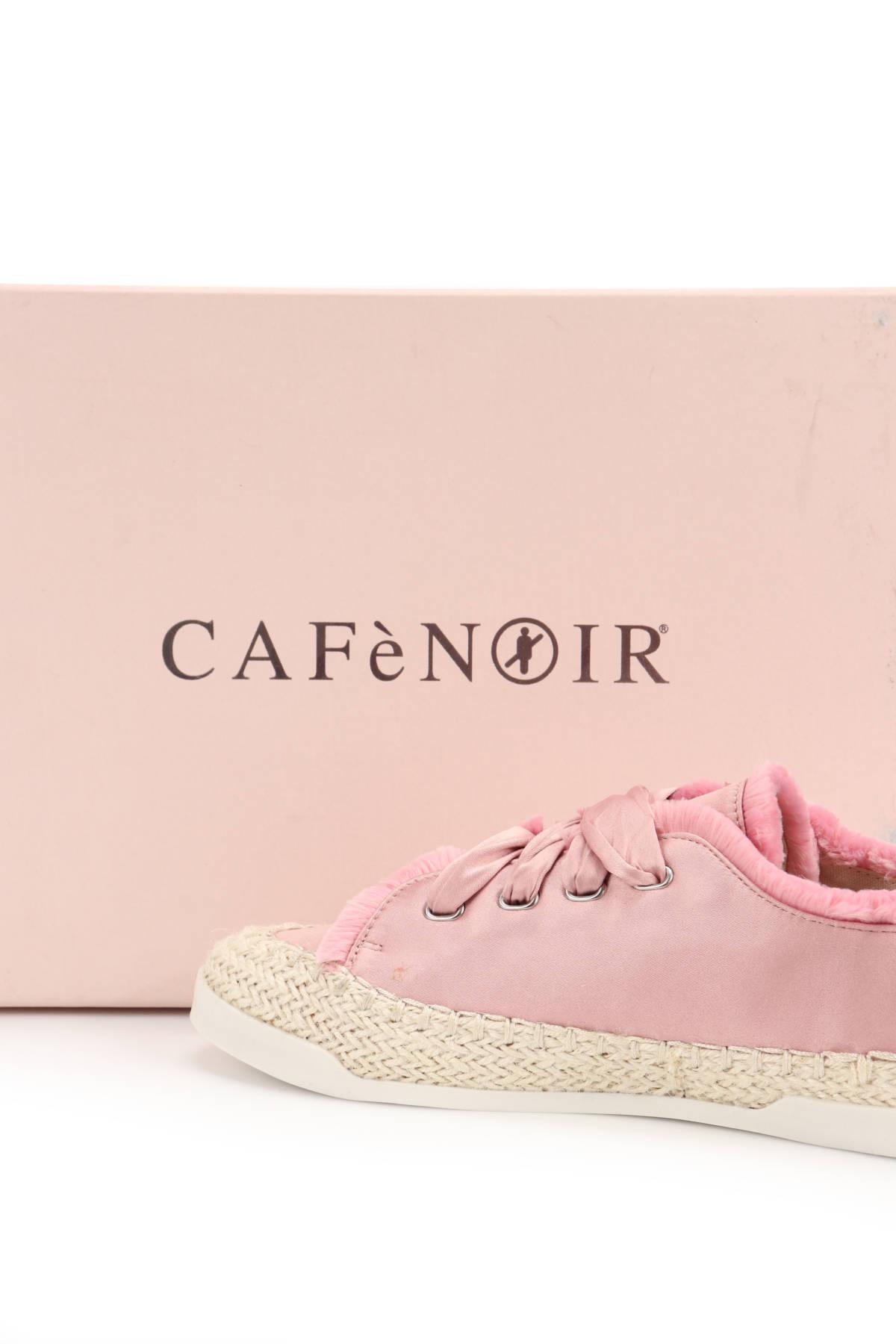Ниски обувки CAFE NOIR4