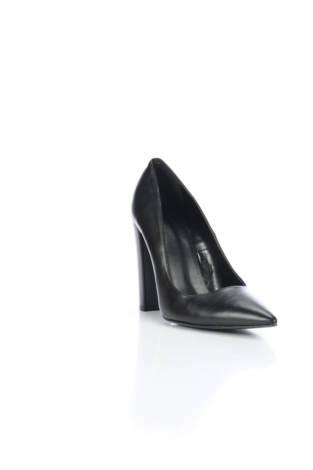 Обувки на ток Sisley