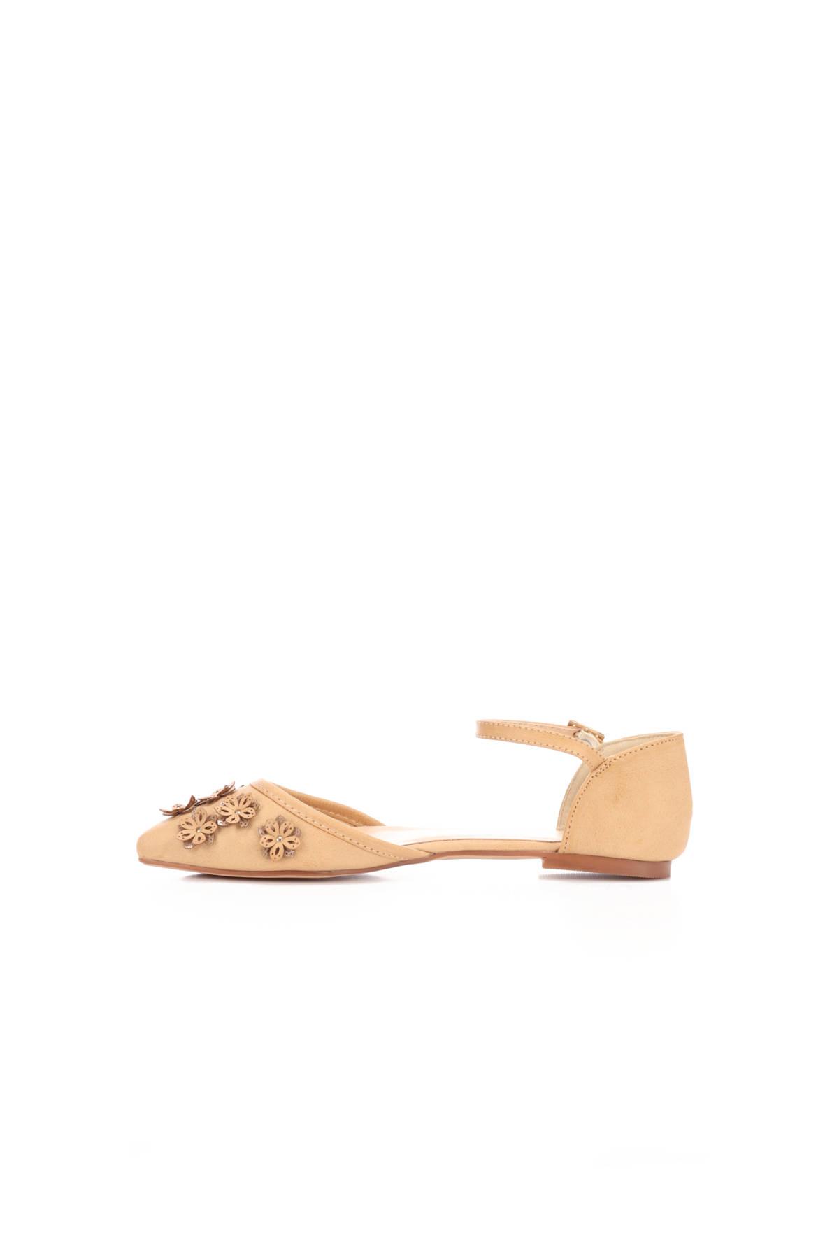 Ниски обувки ANNA FIELD3